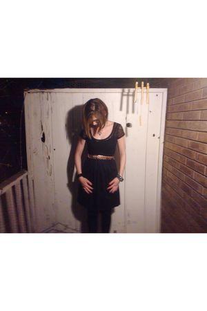 black Vanity dress - gold vintage belt - black Bebe tights