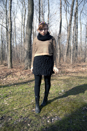 Dolce Vita boots - H&M sweater - free people skirt