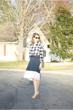 navy Loft skirt - dark brown unknown sunglasses - tan Steve Madden heels