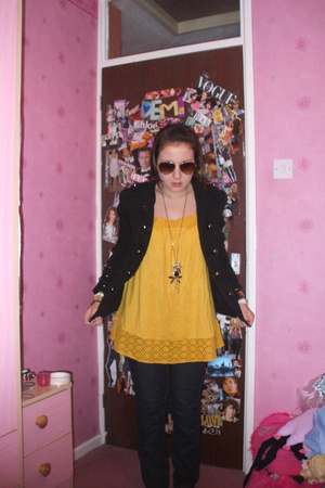 charity shop jacket - Mums top - Asda jeans - Dorothy Perkins necklace - H&M sun