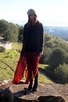 crimson Forever 21 skirt - black Qupid boots - black Forever 21 sweater