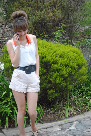 Finders Keepers shorts - Sportsgirl shirt - French Connection belt