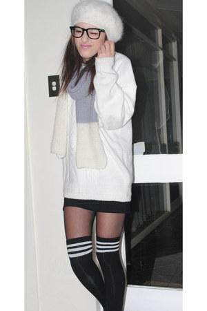 Sportsgirl stockings - Forever New hat - Mimco scarf - Alannah Hill socks