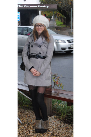 Veronika Maine coat - beanie-beret Forever New hat - Mimco scarf