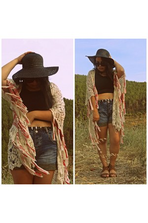 Zara shorts - Stradivarius cape