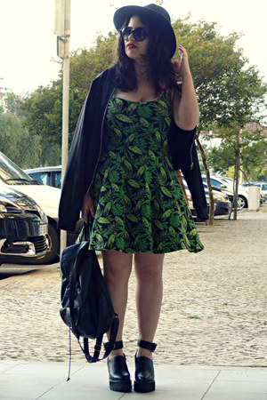 Front Row Shop shoes - H&M dress