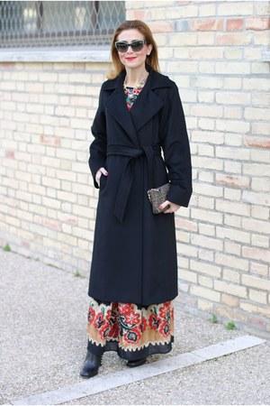 black RED valentino dress - black Max Mara coat - black Fendi bag