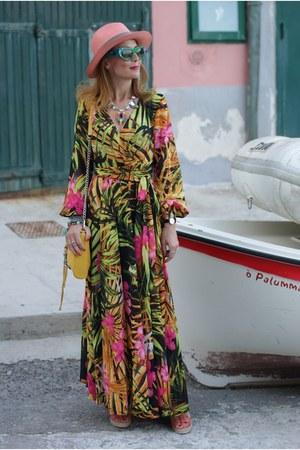 green walktrendy dress - salmon Ecua-andino hat - yellow Rebecca Minkoff bag