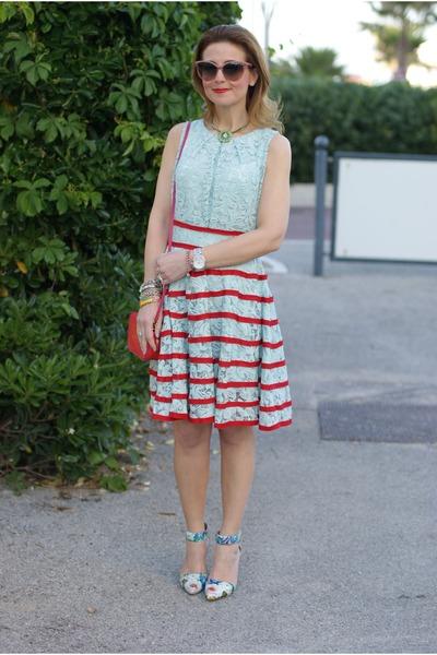 Green Printed Zara Dresses, Aquamarine Miu Miu Bags, Brown