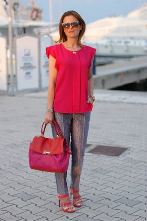 hot pink Zara top - hot pink color block Marc by Marc Jacobs bag