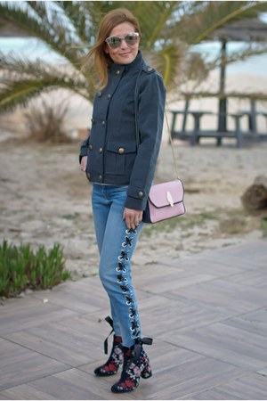 charcoal gray DressLink jacket - blue Bershka jeans - pink Lazzari bag