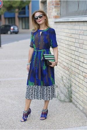 blue Dezzal dress - blue giancarlo paoli sandals