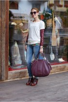 dark brown french word Zara t-shirt - dark brown Marc by Marc Jacobs bag