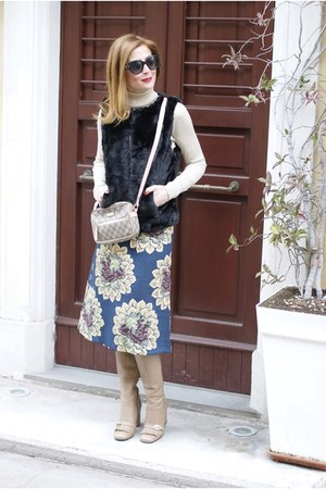 teal asos skirt - camel Giovanni Fabiani boots - eggshell Gucci bag