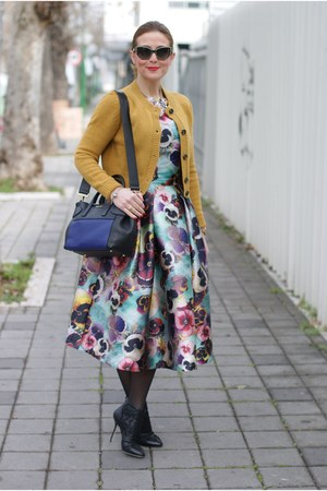 mustard Dixie cardigan - black Dolce & Gabbana boots