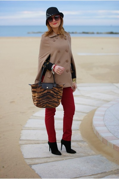 camel camel PERSUNMALL cape - suede LORIBLU boots - denny rose hat - Zara pants