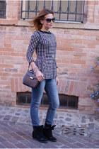 black Pull & Bear sweater - blue LeRock jeans