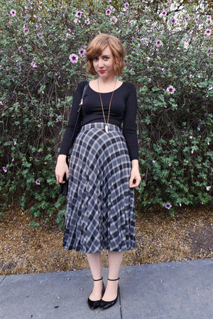 silver plaid vintage skirt - ankle strap Zara flats - black Uniqlo top