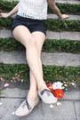 Oxford-lebunny-bleu-shoes-bowler-vintage-hat-vintage-bag