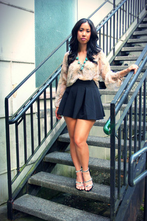 Forever 21 skirt - Forever 21 necklace - Ross blouse - Zara heels