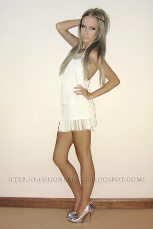 silver Wildfire shoes - white Bershka dress