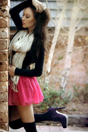 black supre top - pink Mooloola skirt - black Razzamatazz leggings - beige Valle