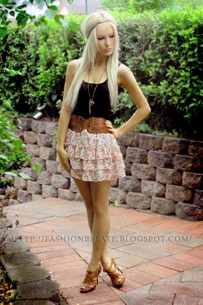 CKM skirt