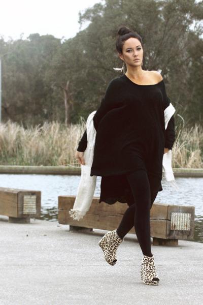 black Razzamatazz stockings - black Dazzling top - black cotton on cardigan - be