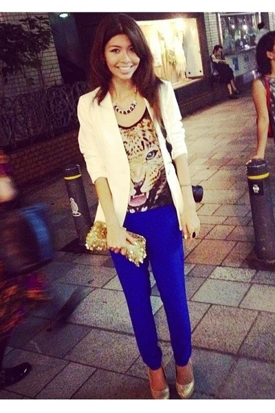 white Forever 21 blazer - gold sequin bgbg bag - cheetah face Forever 21 top