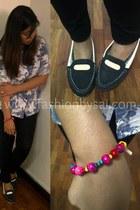 boaters shoes shoes - black leggings leggings - blouse - accessories