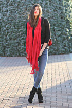 Red Scarf, Fringe Boots and a Christmas Tree