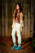 beige Forever 21 shirt - blue Gap jeans - blue storets shoes - brown Target top