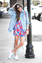 denim Modekungen jacket - Motel skirt - Converse sneakers