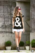 black Love Luxo t-shirt