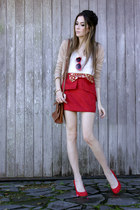 ruby red Xiquita Bakana skirt - ruby red Angel shoes - gold Slash Store necklace