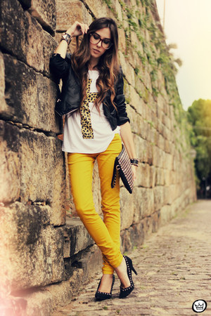black Kaf bracelet - black romwe bag - mustard romwe pants