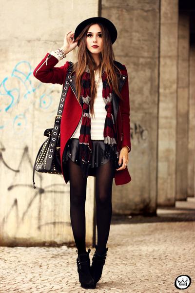 brick red Choies coat - ivory Kodifik jumper