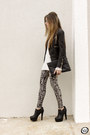 Black-akira-leggings-black-minusey-jacket-white-akira-jumper