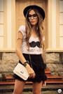 Black-romwe-skirt-white-aluska-brasileiro-t-shirt