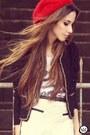 Morena-raiz-coat-ville-rose-hat-morena-raiz-shorts