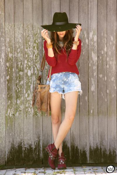 brown blackfive bag - sky blue MacStile shorts - ruby red Renner jumper