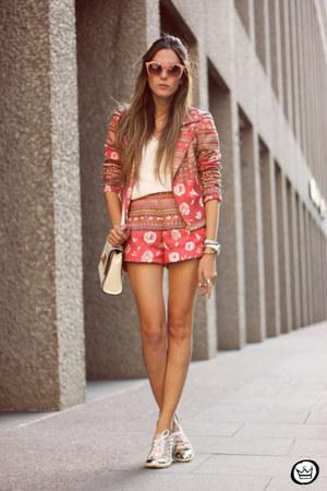 hot pink Lavi jacket