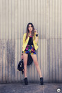 Yellow-romwe-jacket-hot-pink-romwe-necklace-black-kafé-accessories