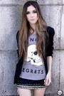 Heather-gray-glamour-kills-t-shirt-black-morena-raiz-skirt