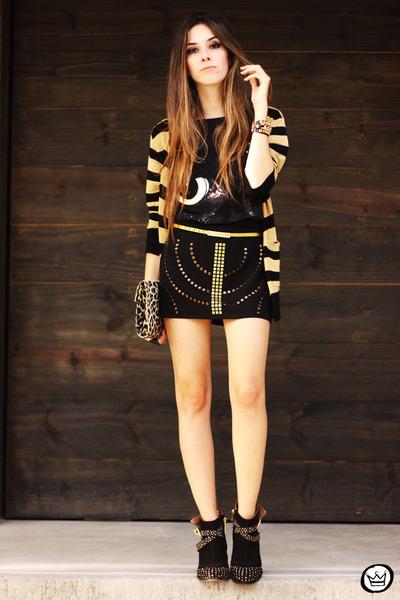 black Lança Perfume boots - black Amarena t-shirt - black Amarena skirt