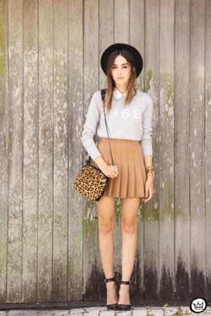 mustard Annaxi bag - mustard Forever21 skirt - silver Gap jumper