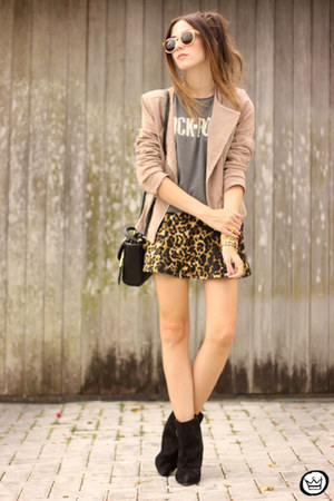 mustard Dafiti skirt - black Dafiti boots - off white Dafiti jacket