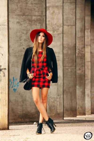red Love Luxo dress