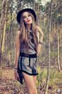 Black-asos-heels-charcoal-gray-choies-suit-black-kafé-acessórios-bracelet