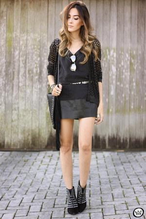 black Shoulder dress - black Shoulder cardigan